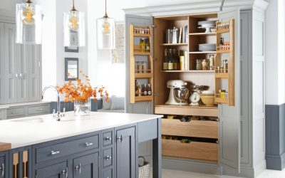 3 Ways in Which a Custom Designed Pantry Can Add Aesthetic Appeal to Your Kitchen