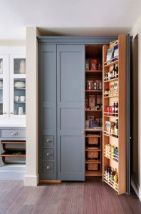 custom-pantry-in-Toronto-3